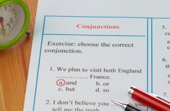 Ilustrasi Conjunction